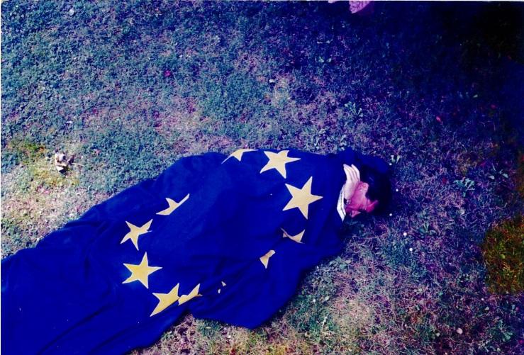 bajo bandera europa 1999